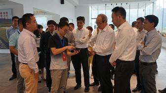 浙江省彭佳学副省长一行到曹村艾米现代农业产业园调研生态数字农田的建设